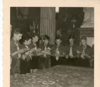 Chiro Melle, voorlezen in de kerk, Melle, 1961