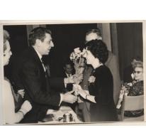 Bloemen op prijsuitreiking, Laureaat van de Arbeid, Gent, 1958-1959