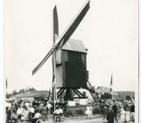 Viering rond gerestaureerde Vinkemolen, Oosterzele, 1969