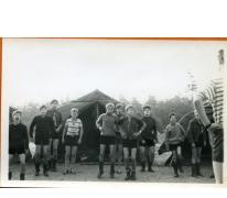 Ochtendgymnastiek op kamp, Opoeteren, 1970