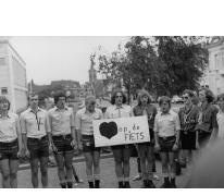 Leiding bij start fietstocht in Melle, 1979