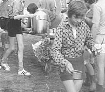 Ontbijt op kamp chiro Melle, Manderfeld, 1973