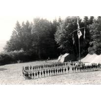 Openingsformatie op kamp, Willerzie, 1975