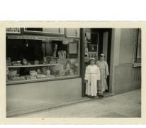 Kruidenierszaak 'Bij Marcella Meert', Landskouter