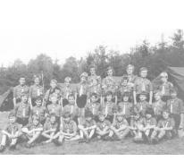 Groepsfoto rakkers chiro Melle, Willerzie, 1974