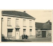 Ouderlijke huis Luc Coppens, Oosterzele, jaren 1940