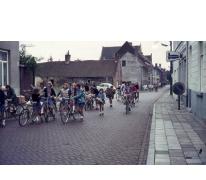 Chiro Melle Geertrui. Verhuis meisjeschiro naar lokalen in Lindestraat in Melle. In 1972 of 1973.