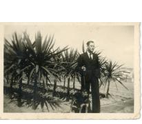 André Pieters aan de draecena's, Melle, 1943-1944