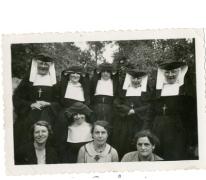 Zuster Euphrasie en Martha Pycke, Bavegem