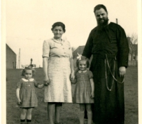 Pater Alfons Mabilde, Letterhoutem, 1947