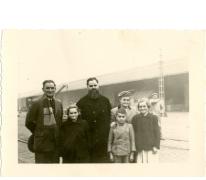 Vertrek pater Alfons Mabilde naar Belgisch-Congo, Antwerpen, 1954