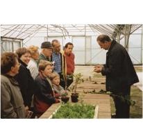 Demo op opendeurdag boomkwekerij De Moor tijdens 'Op de Siertoer', Oosterzele, 2001