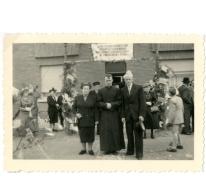 Feest voor de priesterwijding van Raymond Van De Vijver, Oordegem, 1952