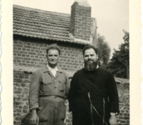 Pater Alfons Mabilde en Jozef Mabilde, Letterhoutem, ca. 1954