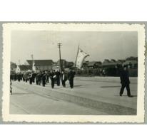 Stoet met nieuwe Gildevlag, Merelbeke, 1961