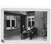 Grootouders op 't Heet in Windeke, 1940